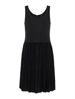 LMTD PLEATED DRESS SORT