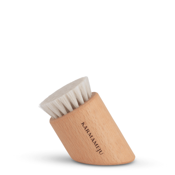 KARMAMEJU FACE BRUSH RENEW