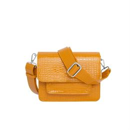 HVISK CAYMAN POCKET BAG ORANGE